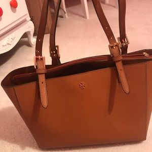 BRAN NEW Tory Burch small tote
